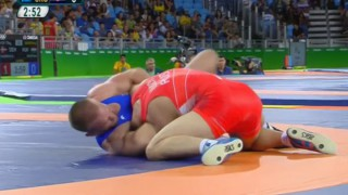 Greco Roman Semifinals Feature Questionable Choke Out