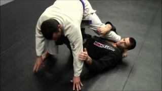 3 X-Guard sweeps combo – Gustavo Gasperin