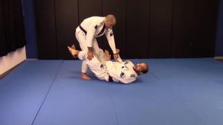 Knee Capture Sweep – Bernardo Faria