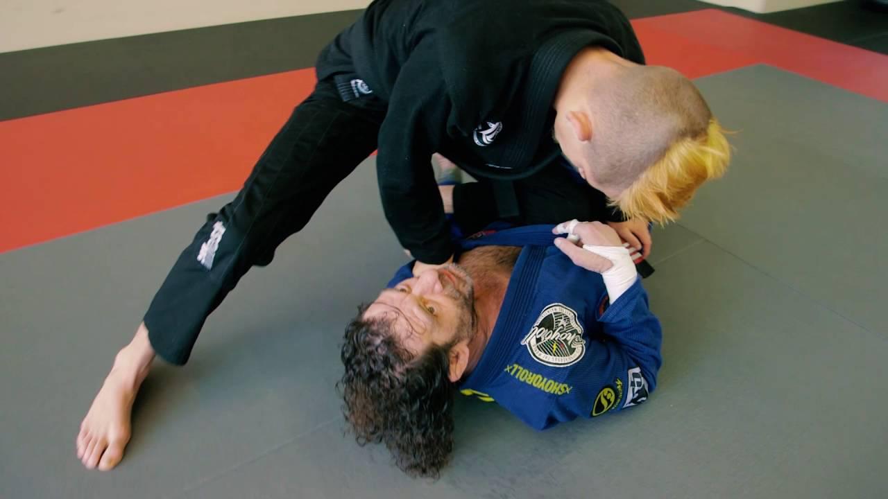 Knee On Belly Escape – Kurt Osiander