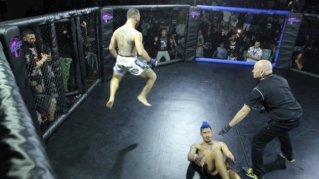 Twister Submission makes an appearance at Urban Fight Night 8
