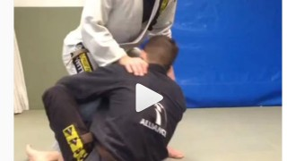 Great transition from single leg x to the triangle – Gabriel Bergami