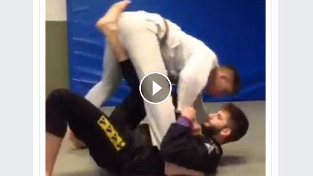 One leg Xguard to triangle – Gabriel Bergami