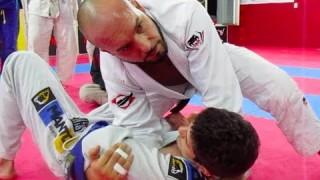 Elbow and knee on chest- Hugo Fevrier