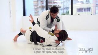 Cross Choke from the Knee Slice – Leandro Lo