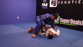 Folding Guard Pass-Fernando Reis