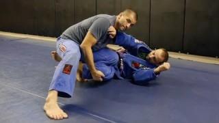 Knee Slice Pass & Combos – Gustavo Gasperin