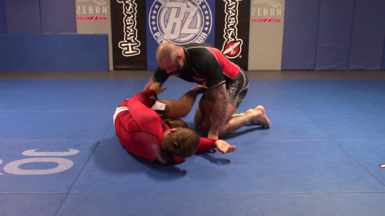 Catch Wrestler Neil Melanson Shows The Cradle, Ultimate Anti