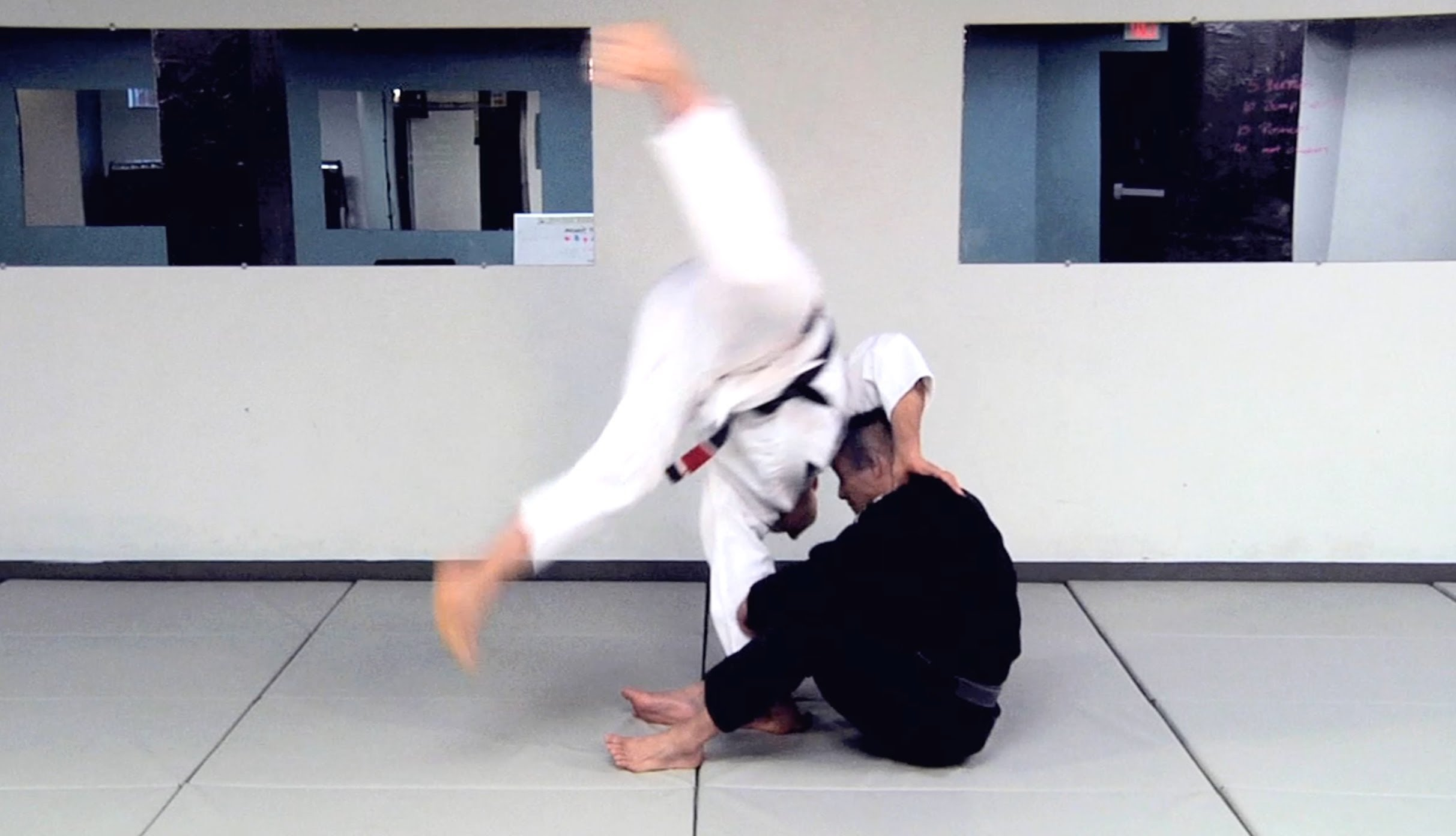 How To Do The Capoeira Guard Pass