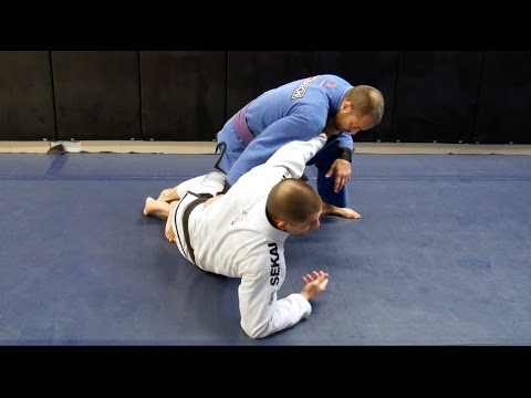 How To Stop The Knee Slice Pass – Gustavo Gasparin