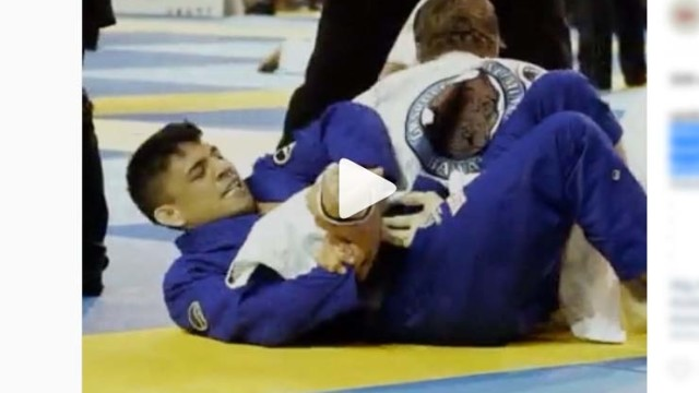 BRUTAL Modified Omoplata from PamAms –  Liera Jr