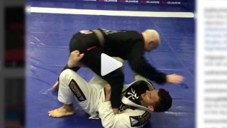 Cool setup for a kneebar from the single leg X-guard – Lee Bown