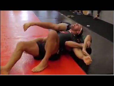 50/50 of the Arms Kimura Funnels (Cool Move) – Vagner Rocha