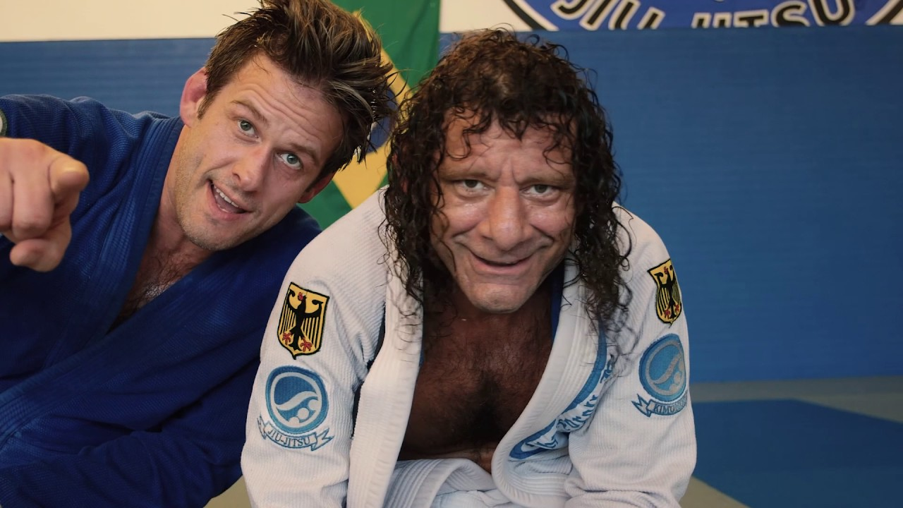 Arm Triangle from Mount – Kurt Osiander