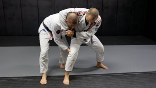 3 Standing Headlock Escapes – Gustavo Gasparin