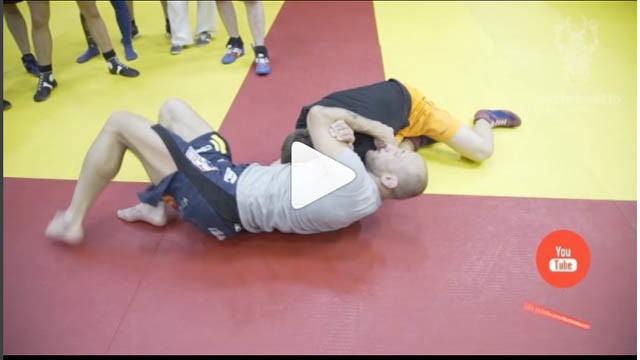 Knee On Belly To D'Arce – Alexander Butenko