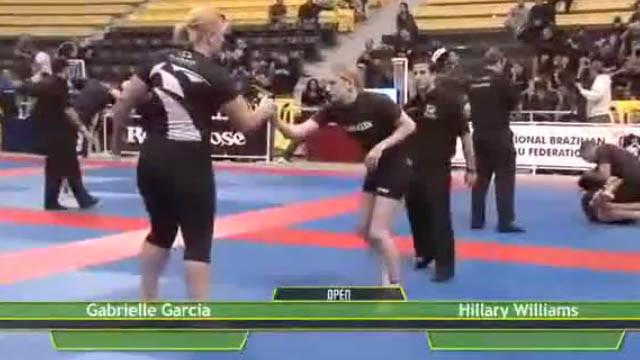 Hillary Williams throws Gabi Garcia with Ippon Seoi Nage