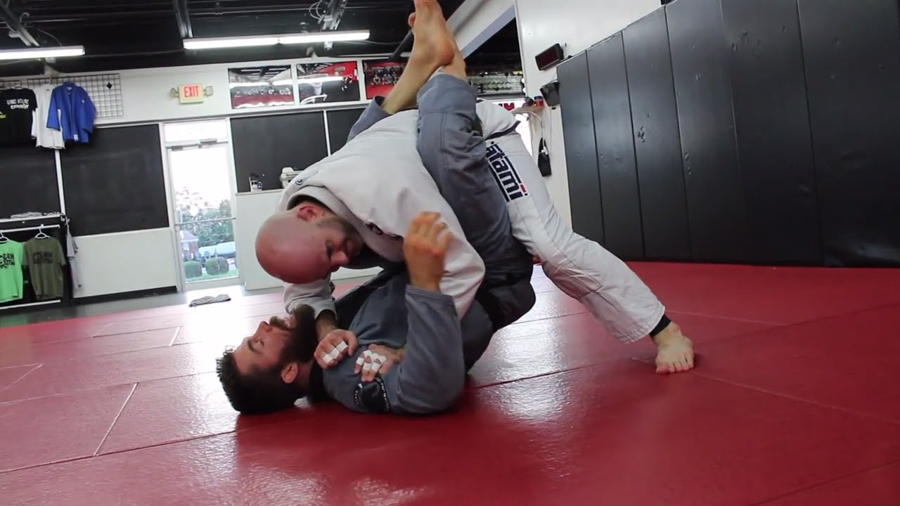 Great Counter To D*ck Move in BJJ (Forearm in The Throat)