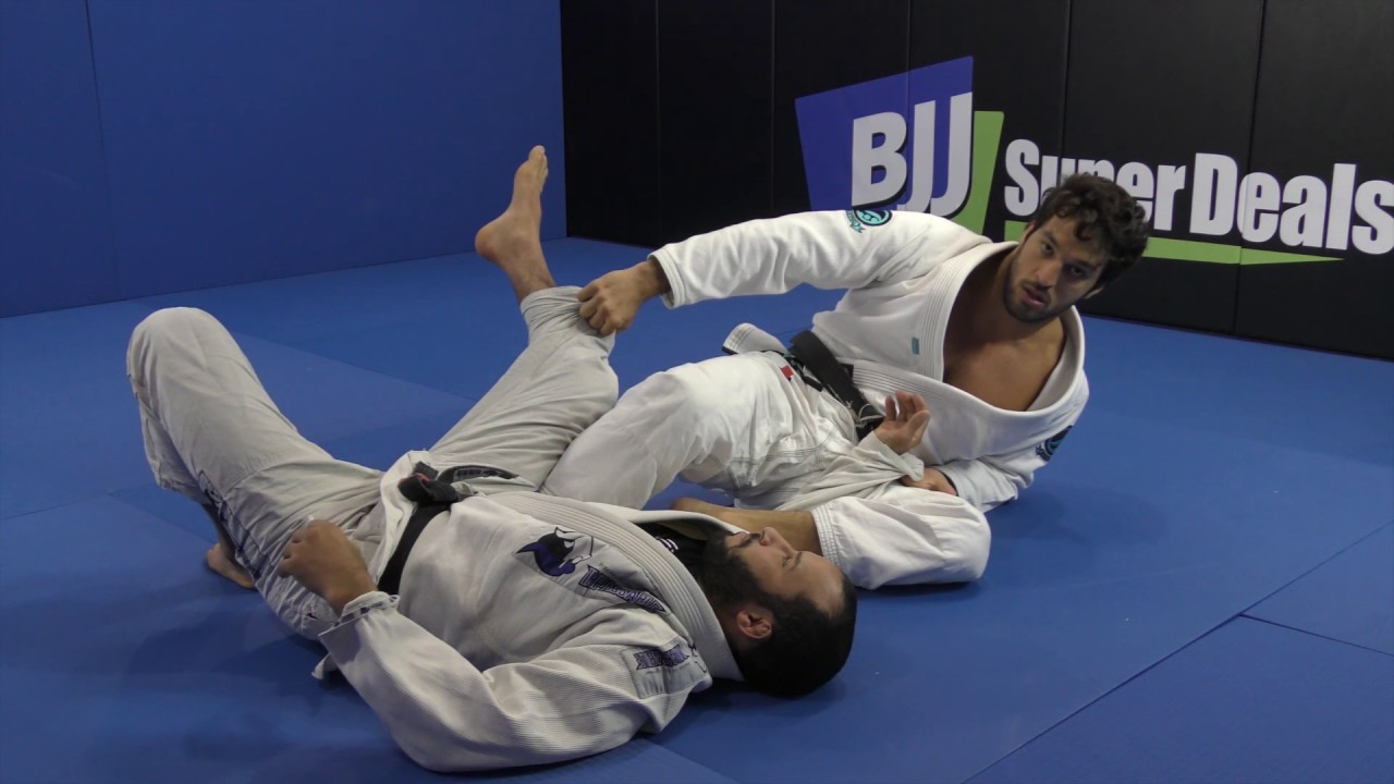 A Lasso Sweep From Open Guard – Gregor Gracie