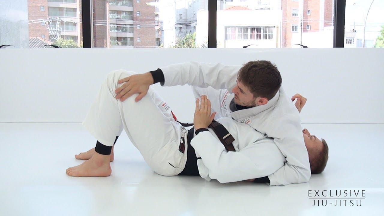 Side Control to the Mount – Essence Of Jiu-Jitsu