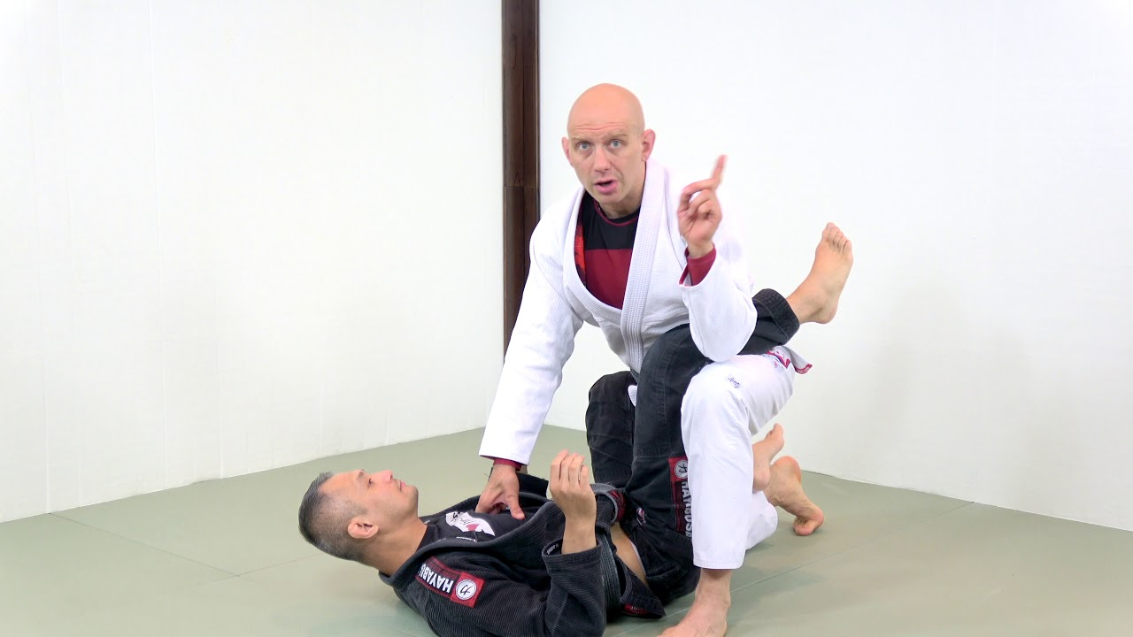 3 Ways to Break the Closed Guard