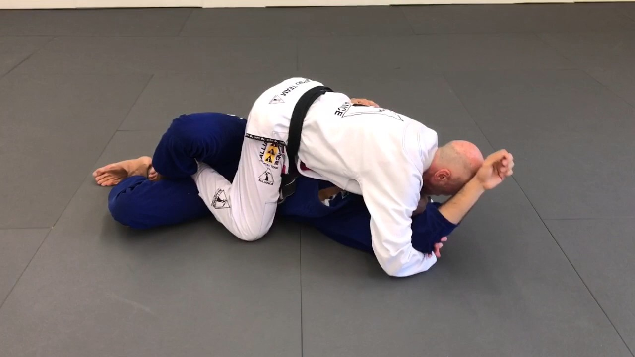 Half-Guard Pass Straight To The Mount By Pat Worley Black Belt 68 years old