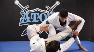 Passing the lasso guard with World Champion Jonnatas Gracie