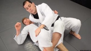 Roger Gracie – Reverse Half Guard Pass