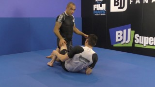 Double Over Pass From Half Guard by Yuri Simoes