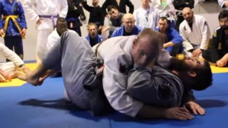 Weird Hip Movement makes this BJJ Side Control Escape Effective – Chewjitsu