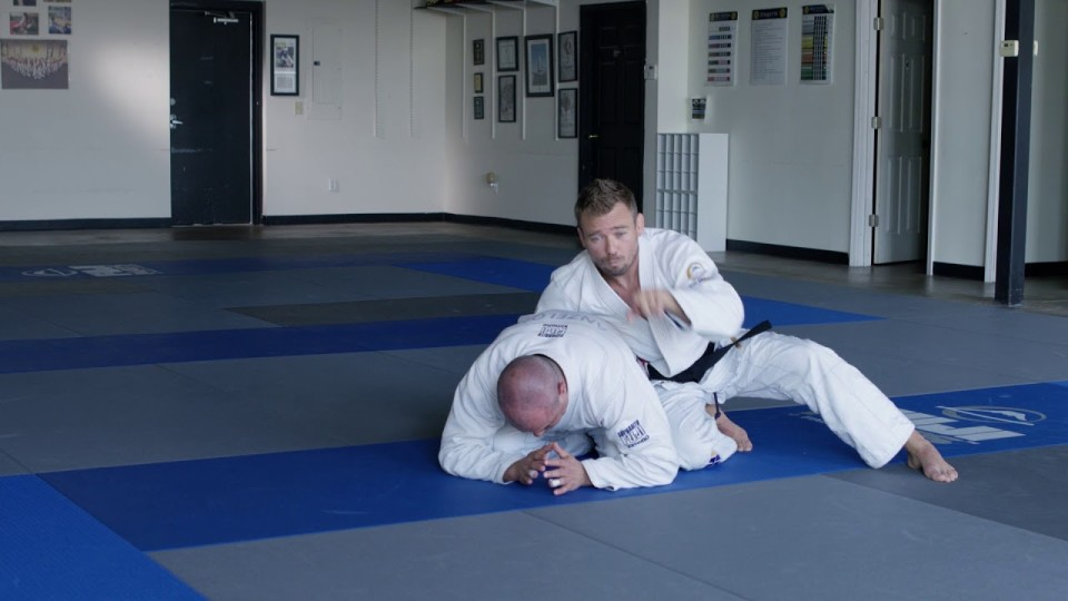 How to attack the turtle guard with this basic Ezekiel Choke