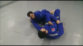 Marcio André Teaches Sweep from Spider-guard