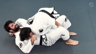 A sweep from half-guard wrapping the leg – Leandro Slaib