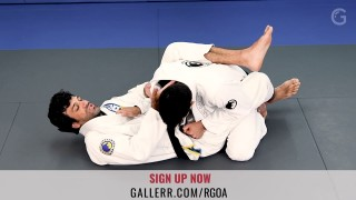 Rolles Gracie's choke from guard