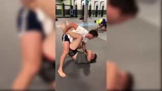 Short: Luke Rockhold Grappling Steven Mowry