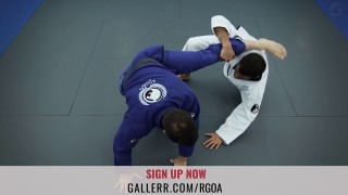 Sweep from the X-guard starting from the de la Riva – Rafael Costa