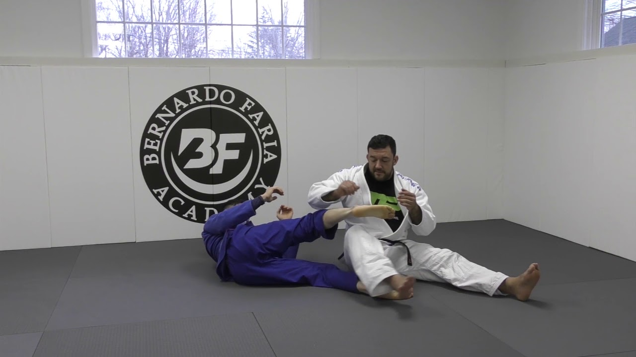 Toe Hold From De La Riva – Tom DeBlass