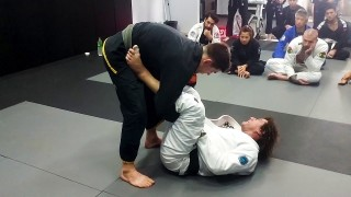 Kurt Osiander's Move of the Week – Lasso Sweep to Choke