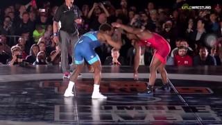 Jordan Burroughs (USA) Wrestles Frank Chamizo (Italy)