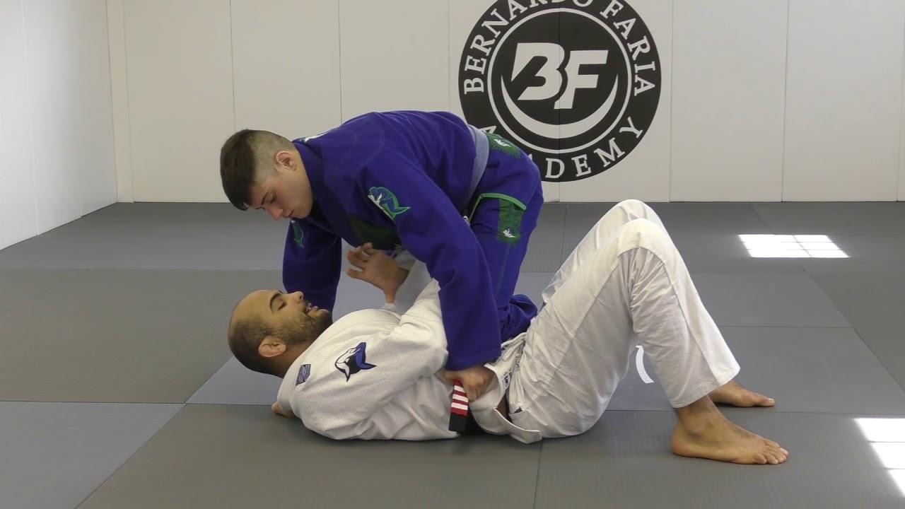 Knee On Belly Escape To Deep Half Guard- Bernardo Faria