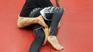 Simple Foot Fighting Trick to Stop this Common BJJ Mount Escape