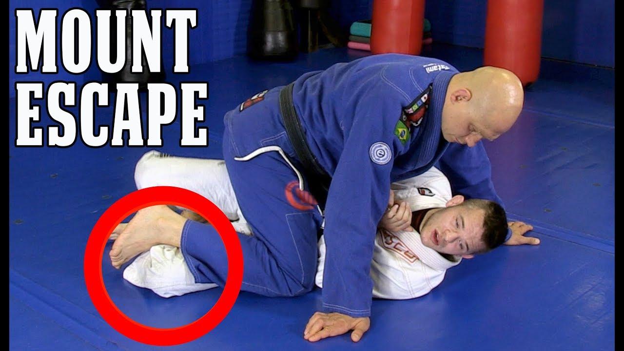 Advanced Elbow-Knee Escape vs Mount with Brandon Mullins
