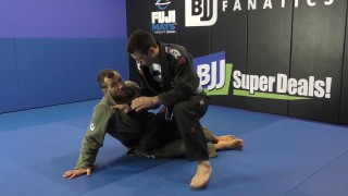 Leap Trap Against Knee Cut by Eduardo Telles