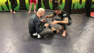 Folding pass No Gi against butterfly guard