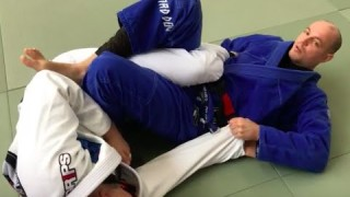 IBJJF Legal sneaky one handed toe hold & kneebar in the Gi