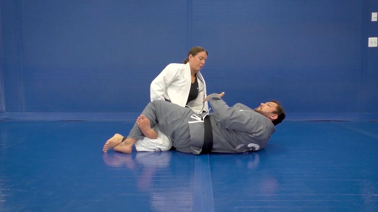 Lapel Grip Feed Through to Prevent the Knee Shield by Tom DeBlass